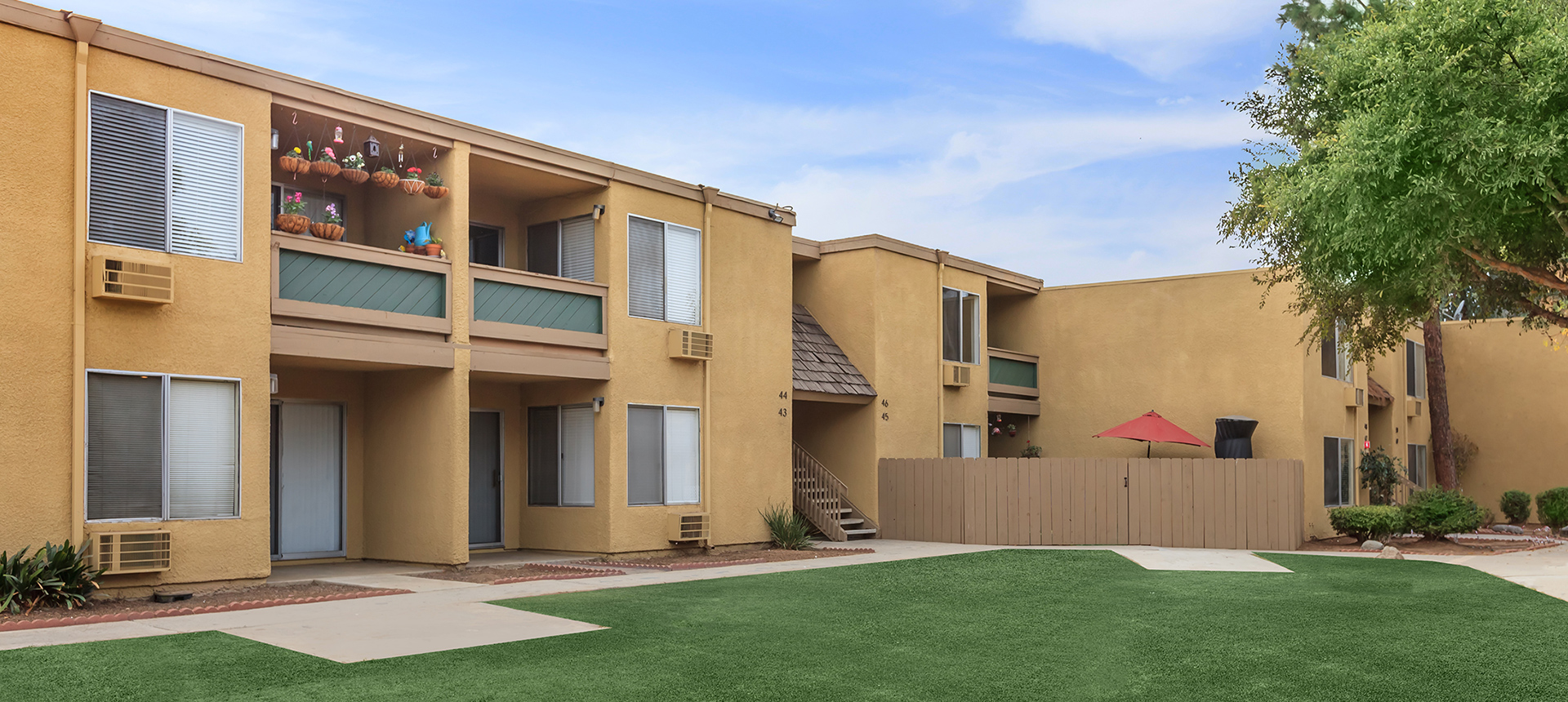 Sun Valley Gardens - Apartments in El Cajon, CA